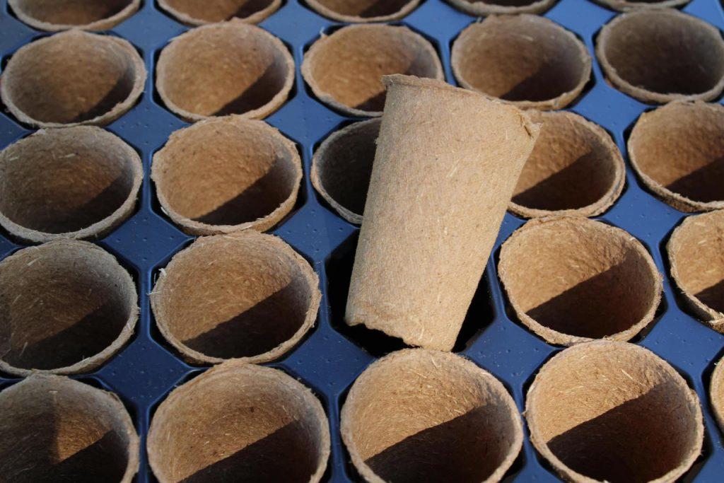fertilpot sur conteneur plastique